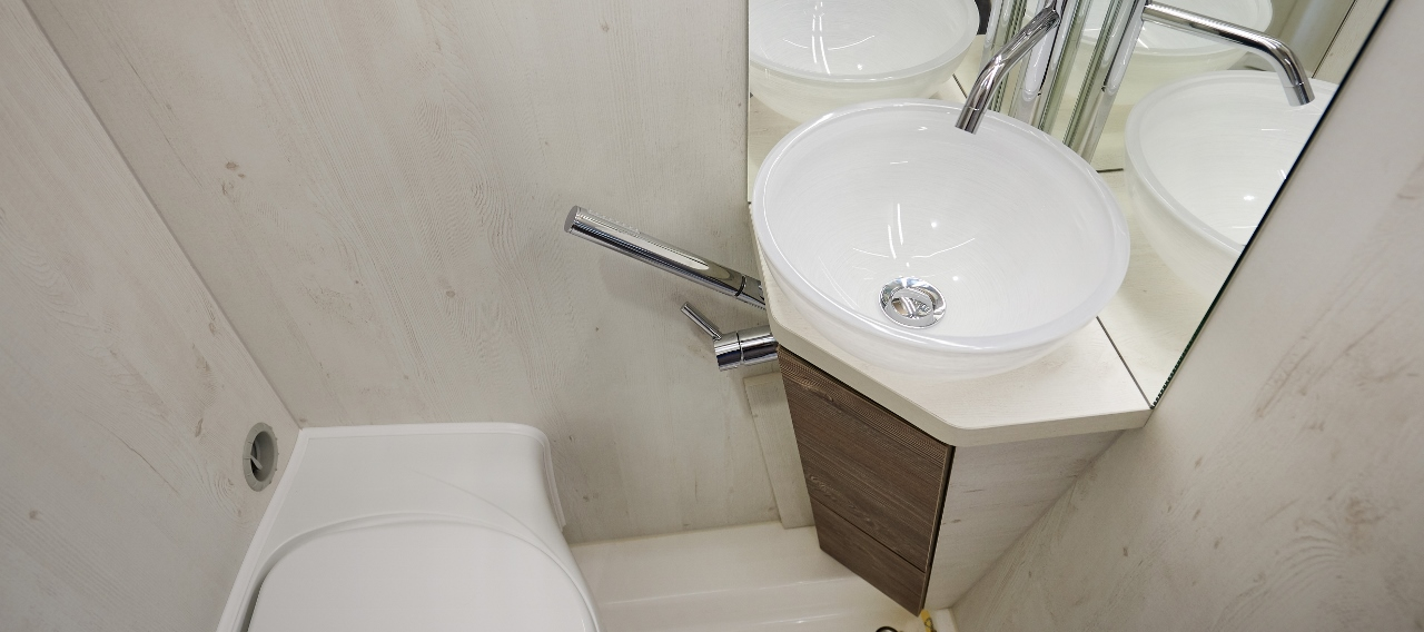 BATHROOM TYPE 1 (5) (1280×568)